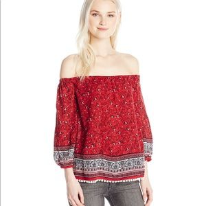 Love By Design Juniors Off The Shoulder Top 5/$25